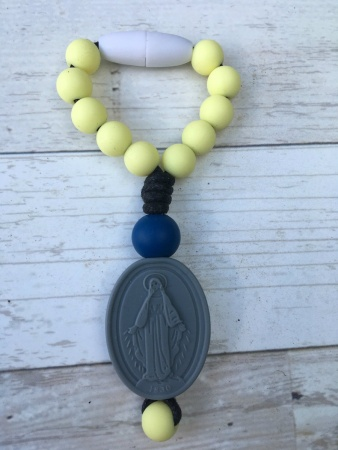 Butter Yellow Miraculous Medal Decade Clippie